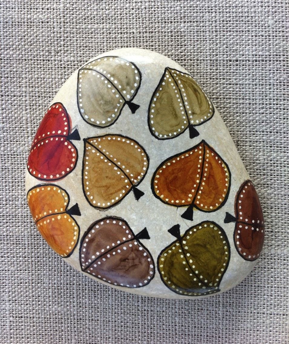 Hand painted stone. Leaves By: Rosana Green #autumnleavesfalling