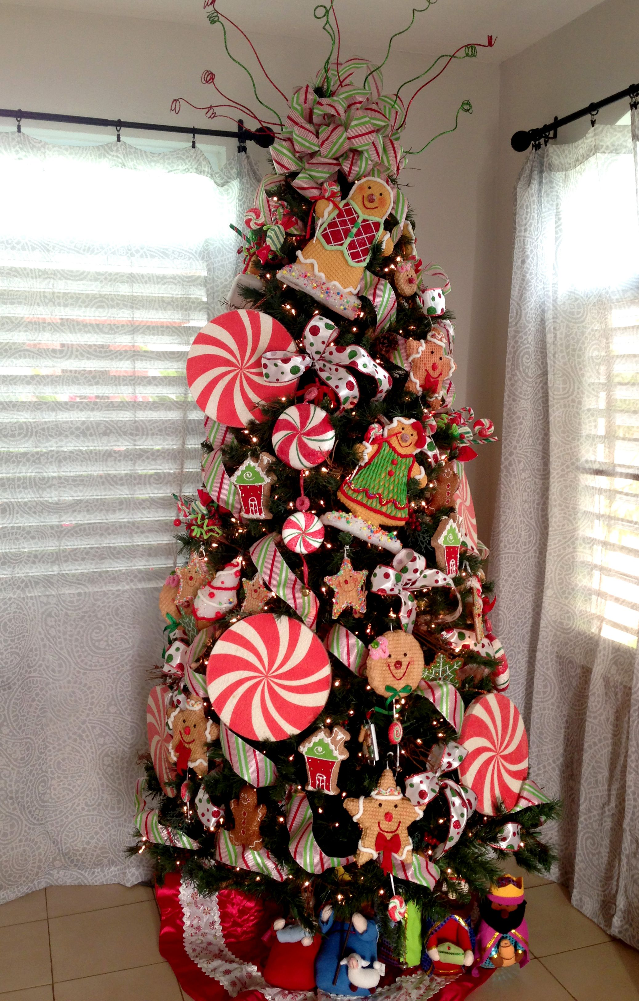 Gingerbread Christmas Tree Gingerbread Christmas Tree Candy Cane