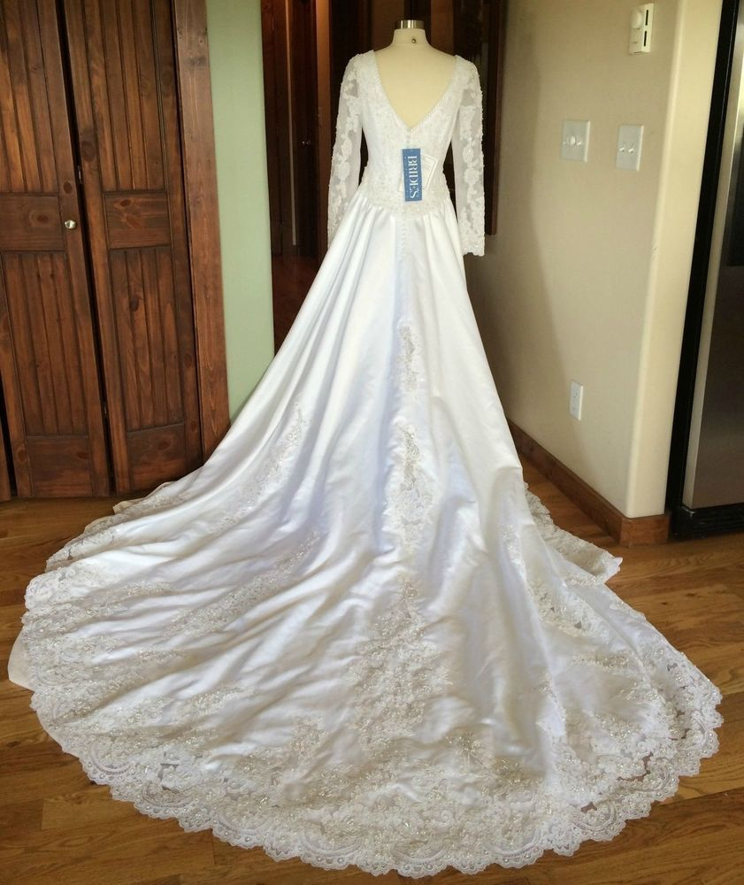 Marys bridal nwt long sleeve beaded lace cathederal train