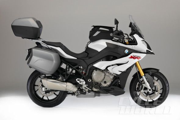 2016 Bmw S1000xr Small Class Subtitle Tall New 4 Cylinder Sport Tourer Beemer Goes On Sale In The Us Soon Small Bmw S Bmw Bmw Motorbikes