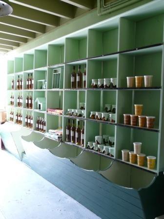 L 39 picerie grand meuble de m tier vert c ladon produits locaux l - Meuble epicerie ...