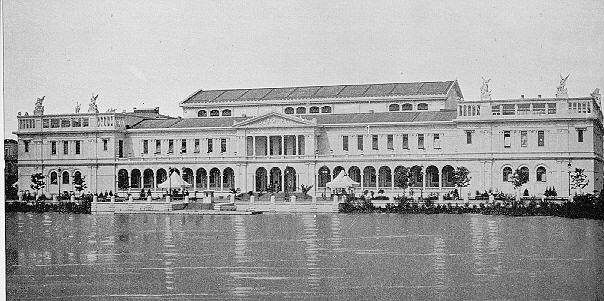 Womens Building at the Columbian Exposition in Chicago, 1893, designed by Sophia Hayden.