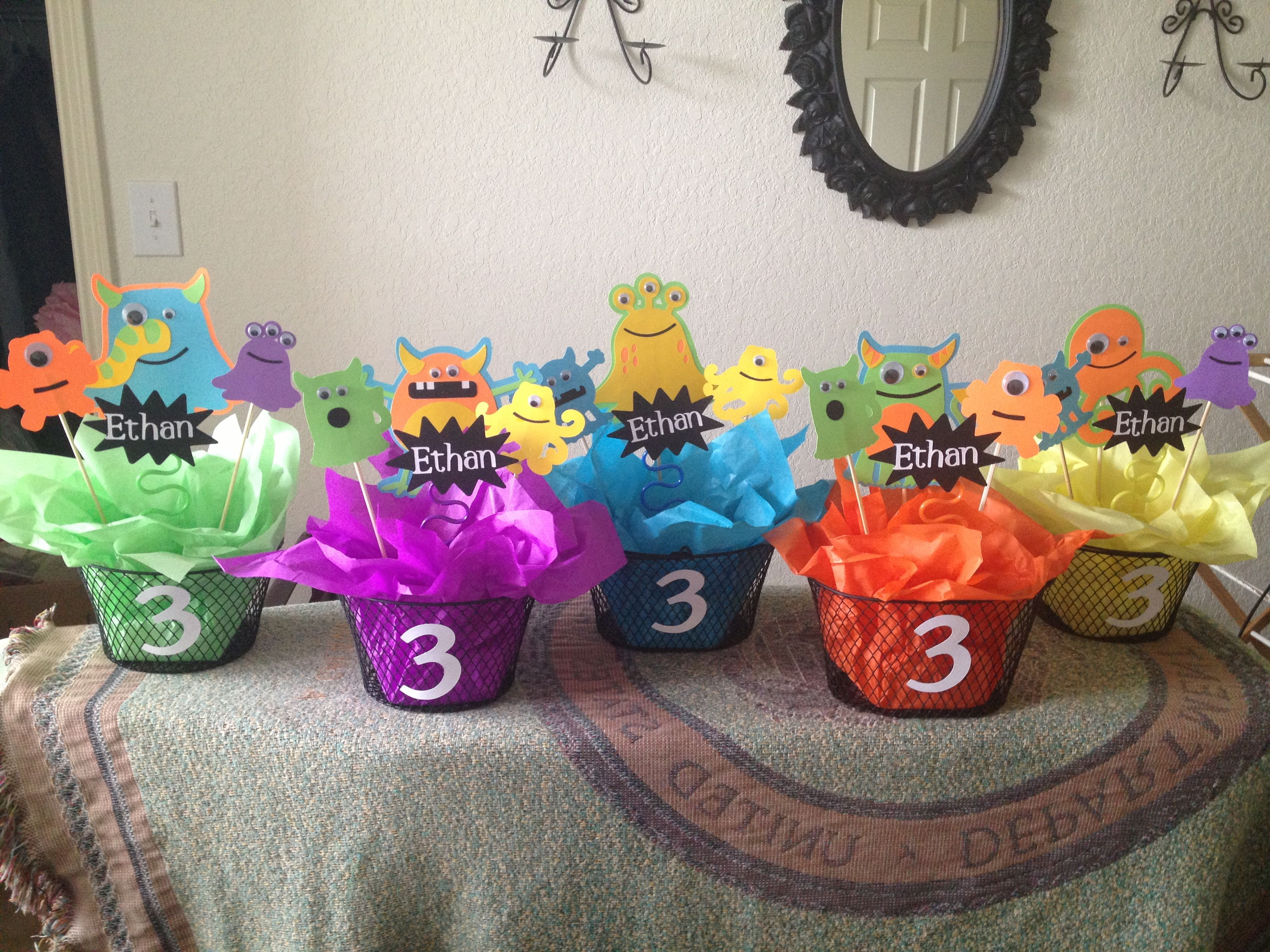 Monster party table decor