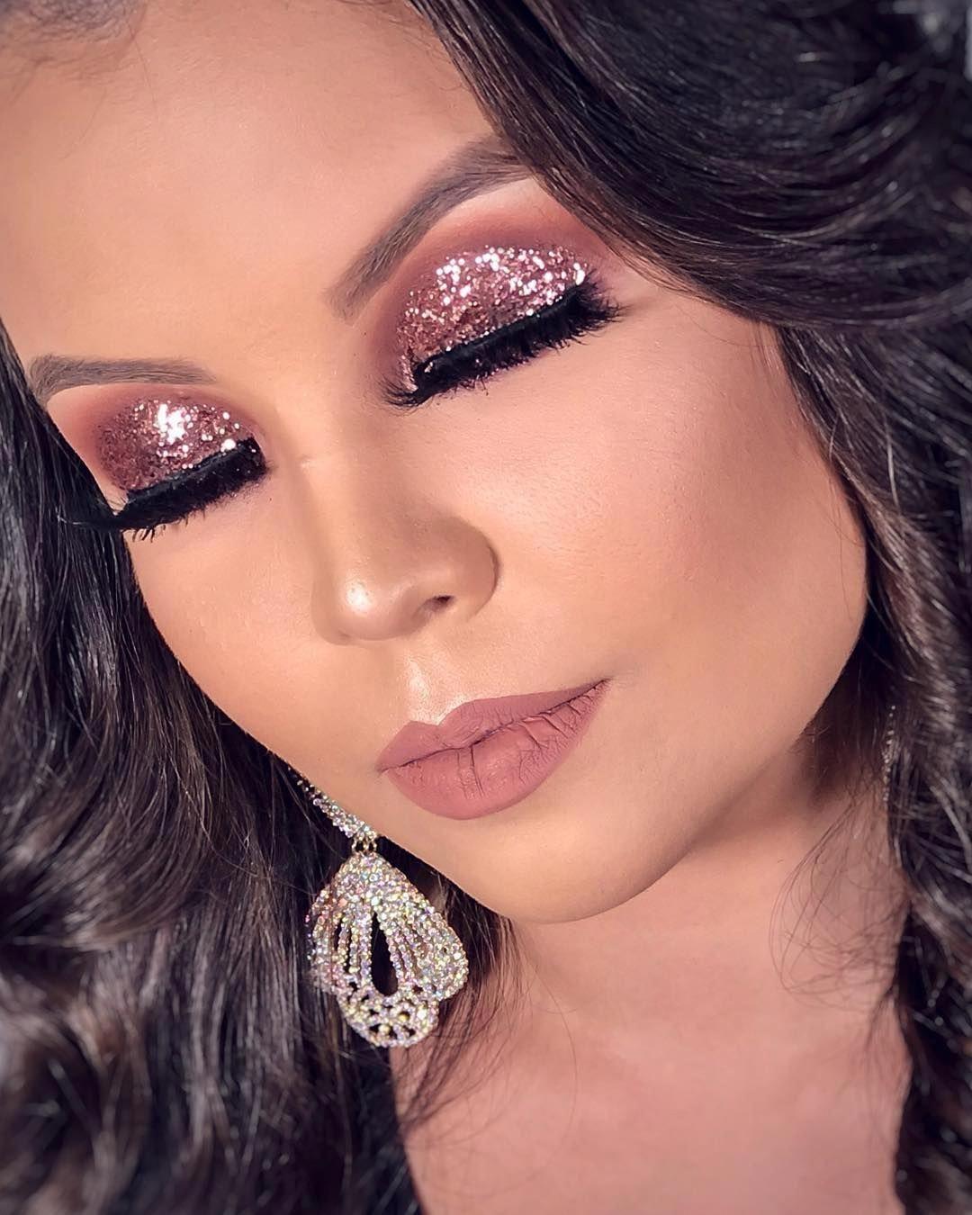 Stunning makeup for teens.