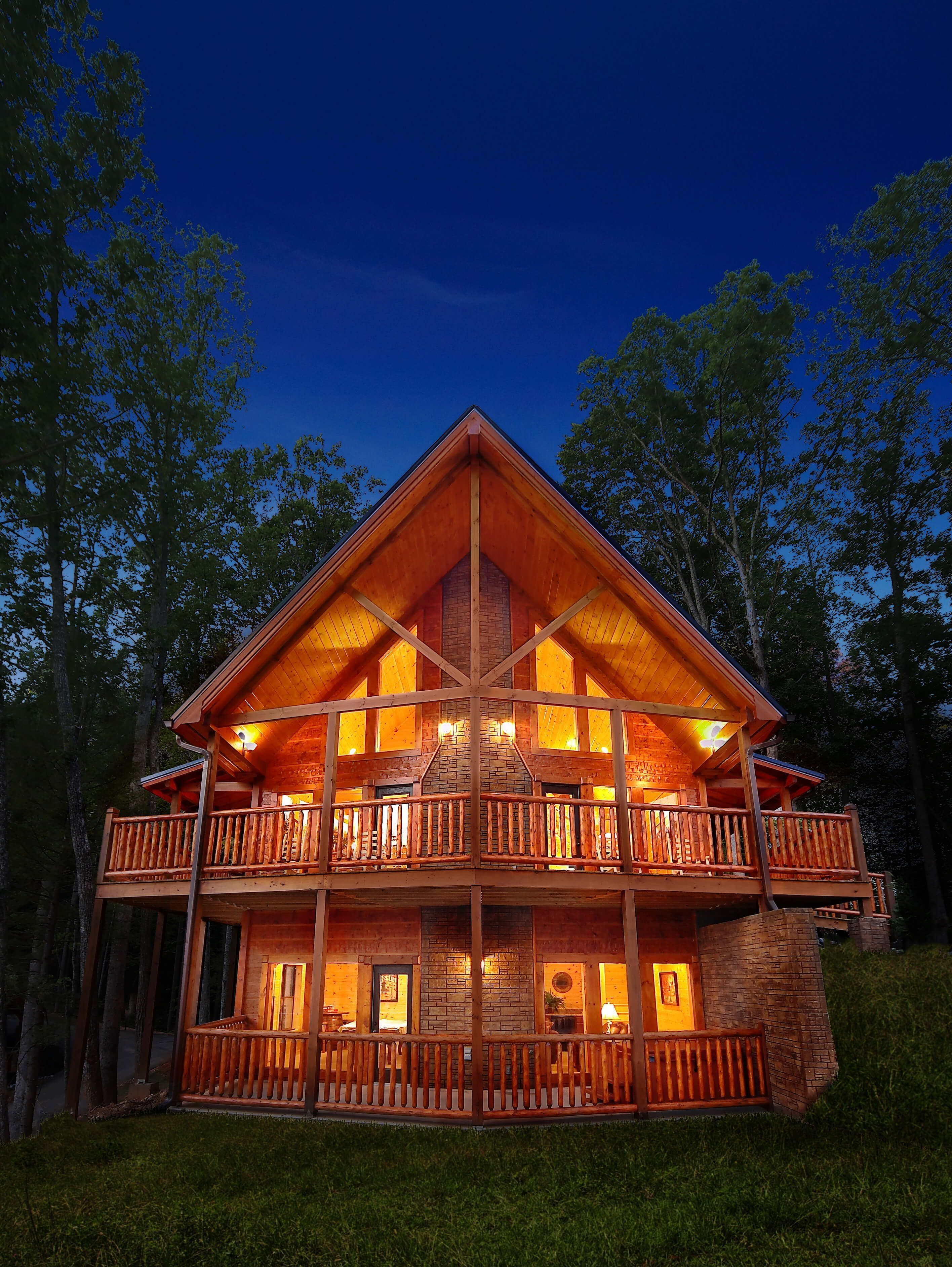 30 Affordable Small Log Cabin Ideas With Awesome Decoration In 2020 Dream House Exterior Gatlinburg Cabin Rentals Small Log Cabin