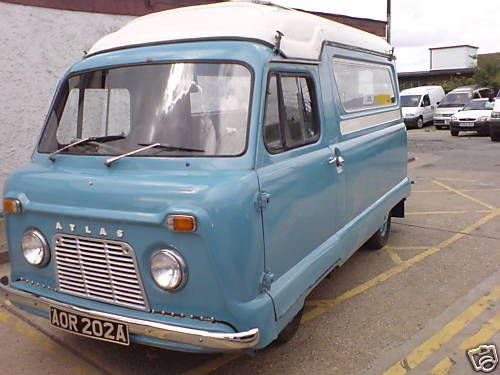 1959 Atlas Camper Looks Like It Has A Pop Up Top CampervanMotorhomeVintage