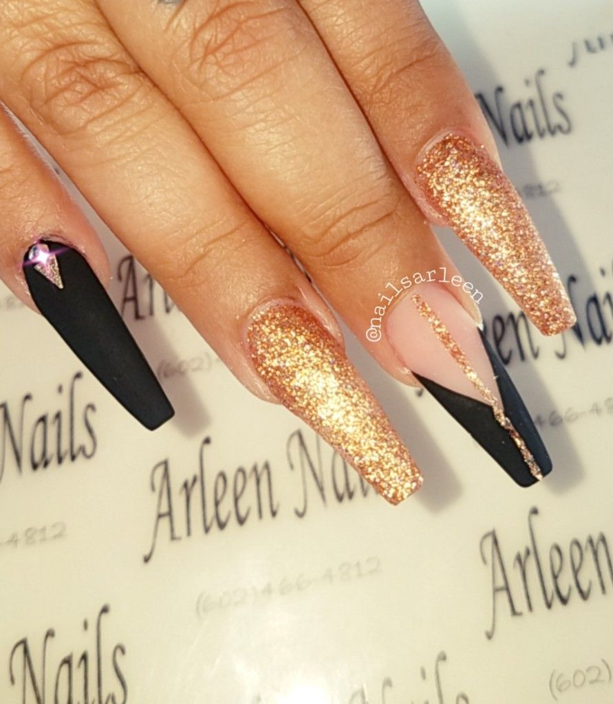 Black And Gold Nails Black Gold Nails Gold Nails Prom Gold Acrylic Nails
