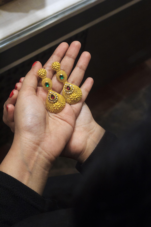 Tanishq gold bridal indianwear Giasaysthat Pinterest