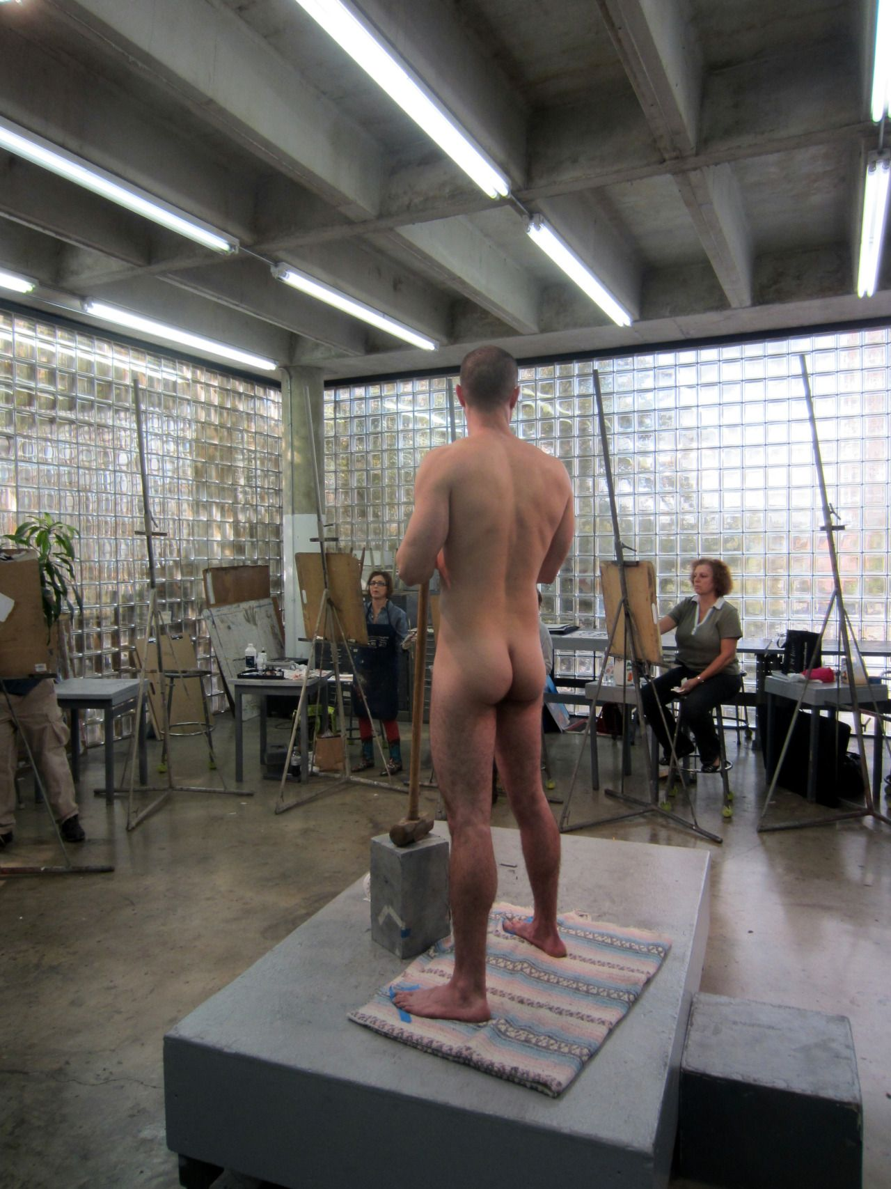 Man Posing Nude For Art Class Source  The Painter, The -9950