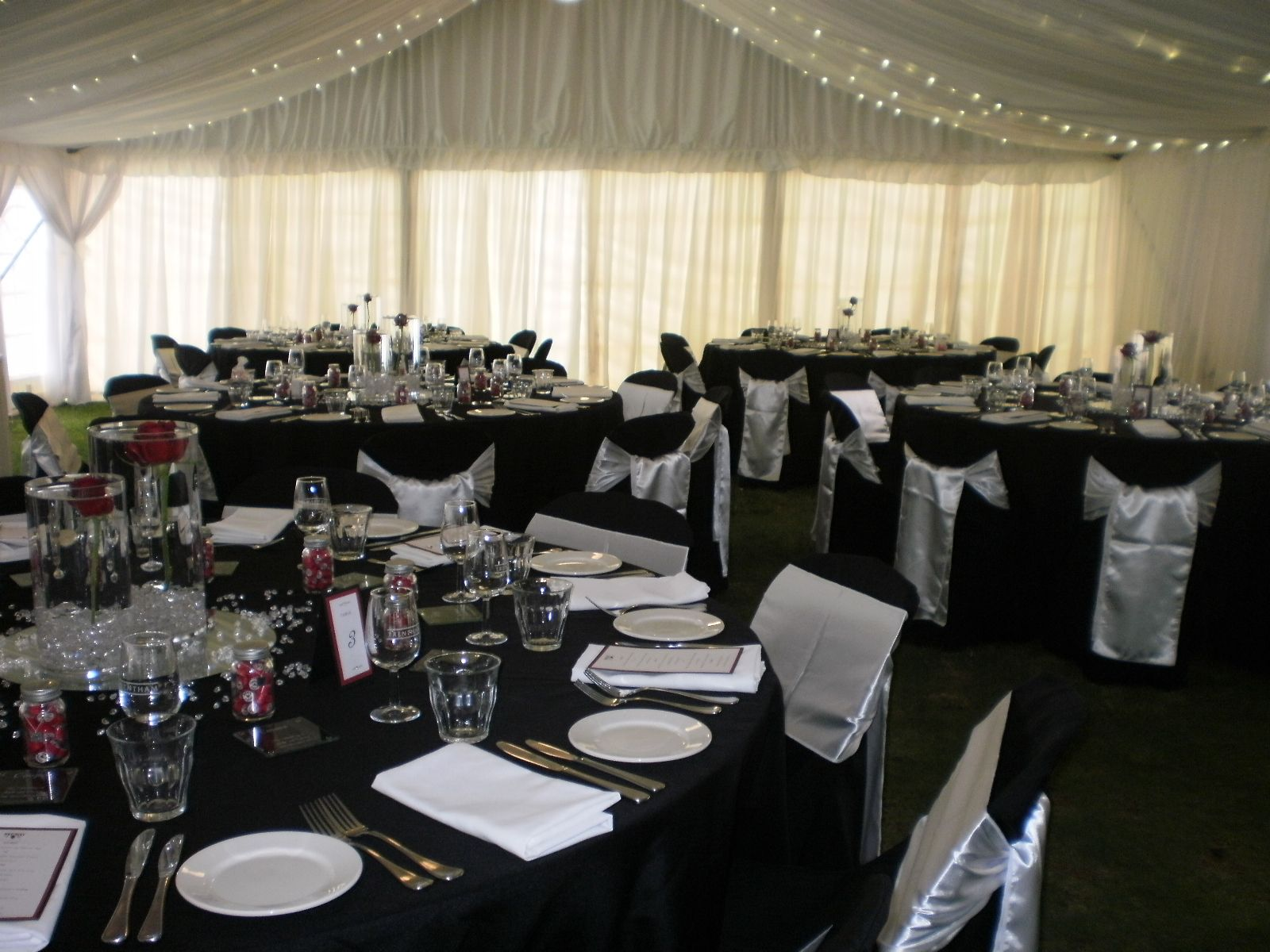 black wedding table cloth and chair covers