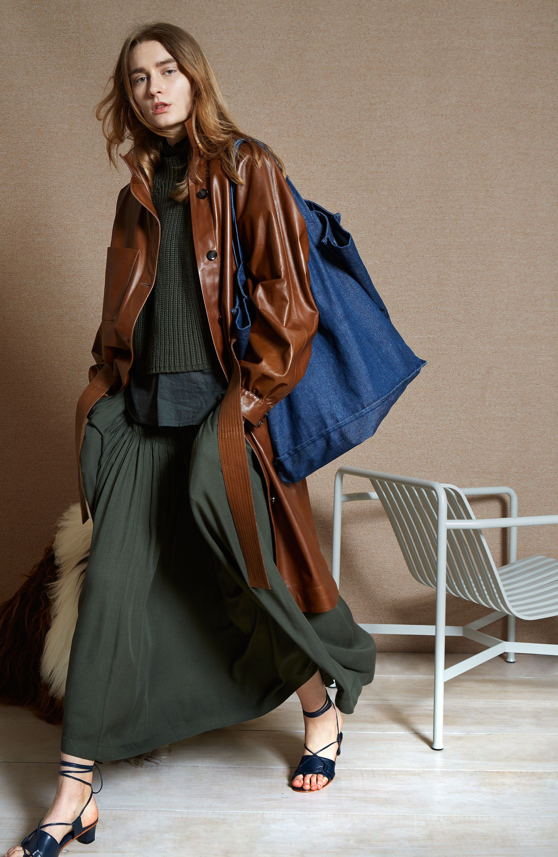 Apiece Apart Fall 2018 Ready-to-Wear Fashion Show    fw18 ... 52542589b15