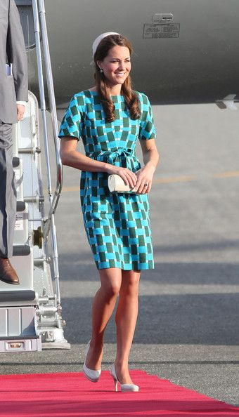 Kate Middleton Clothes a bright geometric print as a modern day dress...Few  women can really look REGAL in a geometric design like this. She is  stunning! 587bcb615