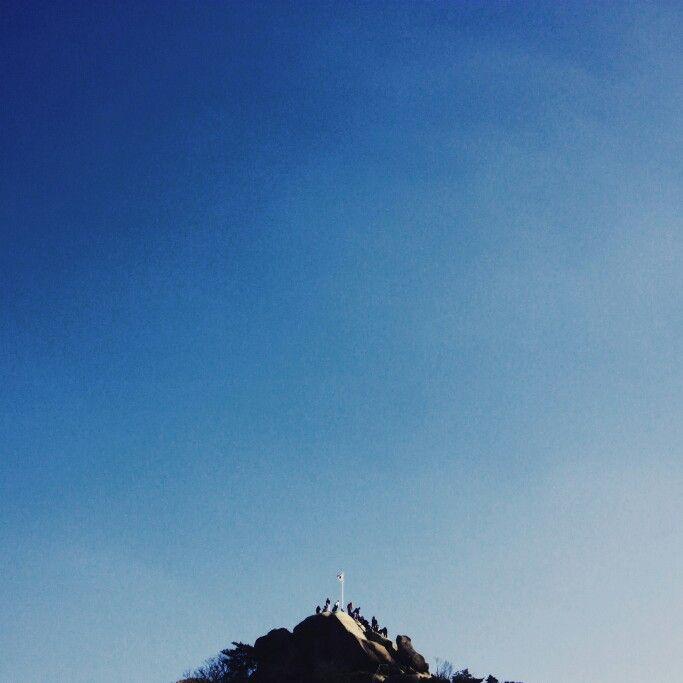 정상, 모두가 오르고 싶어하는 곳, 하지만 모두가 오르지는 못하는 곳...아~숨차다... #정상 #불암산 #산 #등산