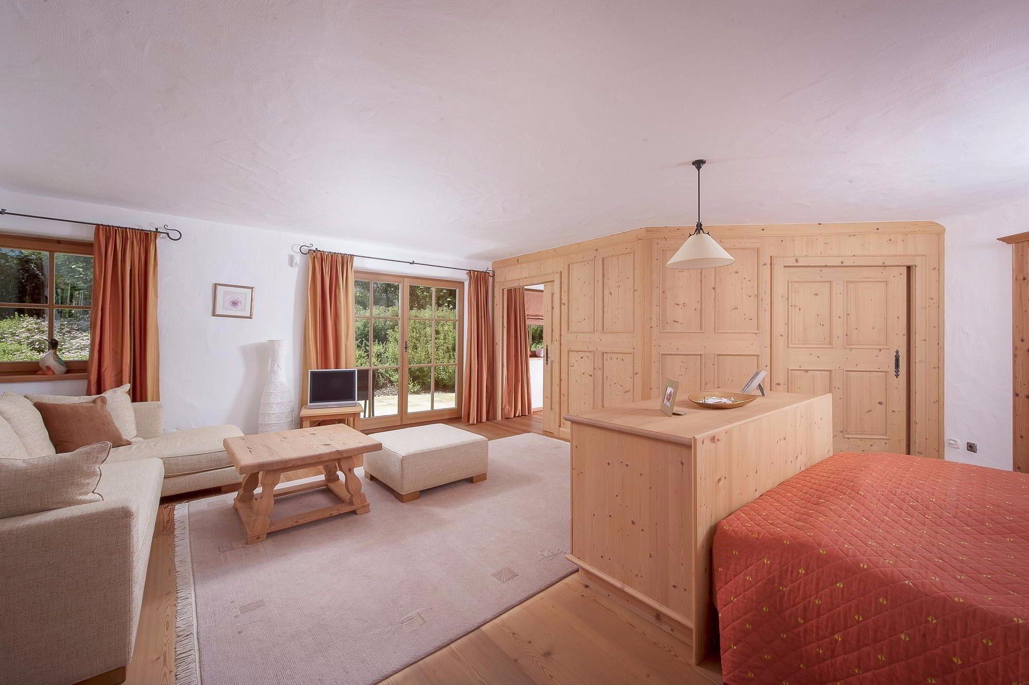 Qualitätvolles Landhaus in gefragter Wohngegend zwischen Reith und Kitzbühel - Reith bei Kitzbühel - Immobilien Kitzbühel von Cum Laude Immobilia