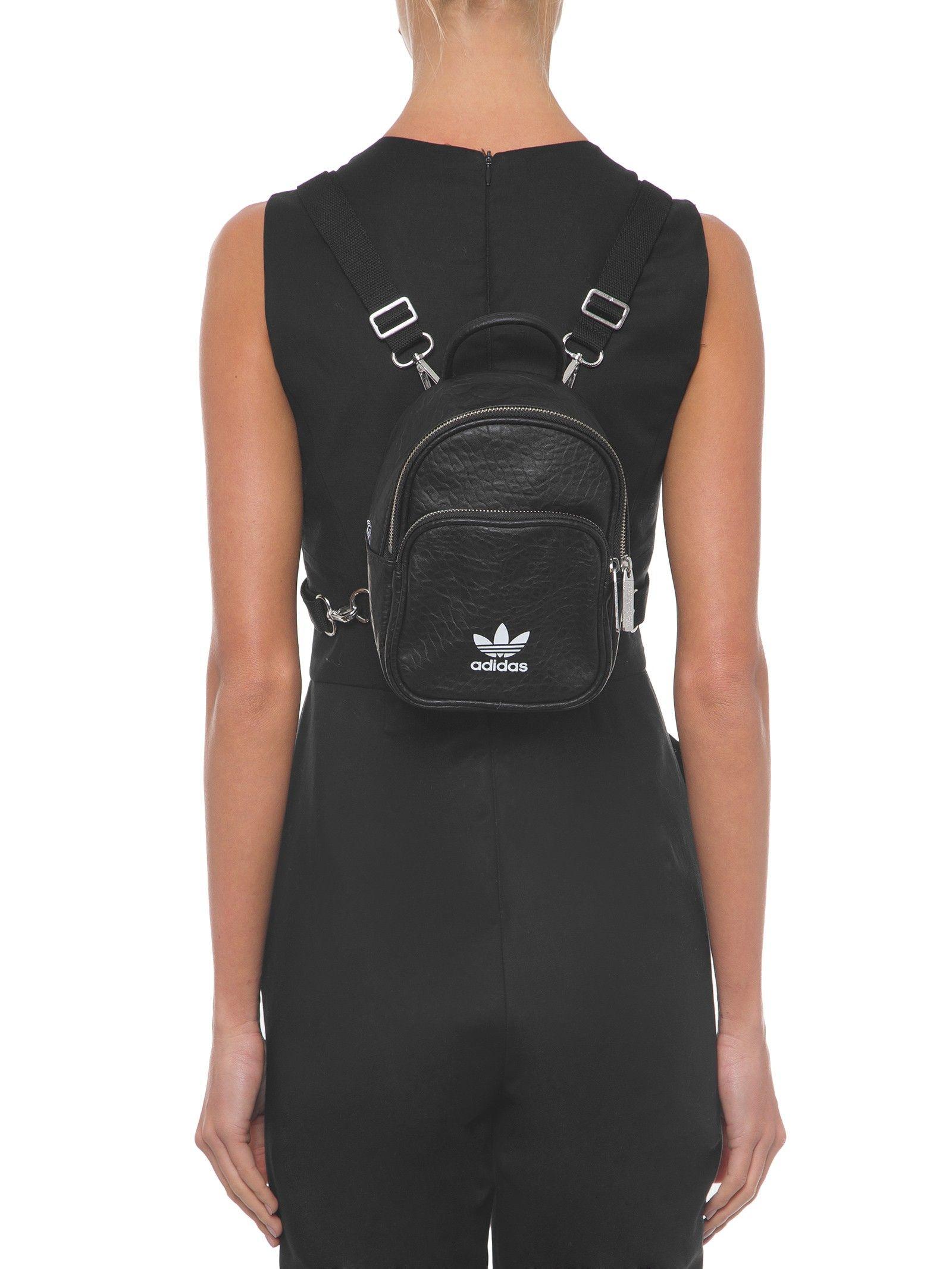 8eae2e6c0 Mochila Mini Classic - Adidas Originals - Preto - Shop2gether ...