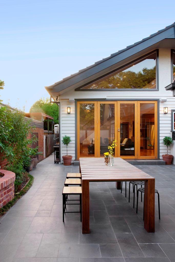 Californian bungalow extension sync design melbourne for Cottage style homes melbourne