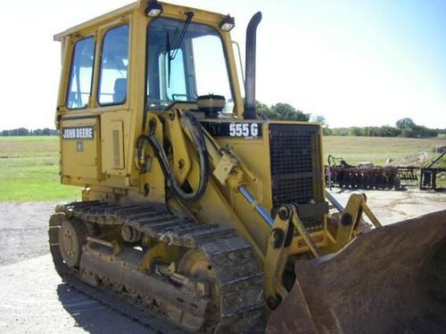 2001 John Deere 555G Crawler Loader -THIS IS A 2001 JOHN DEERE 555G SERIES IV CRAWLER LOADER. IT HAS A CAB WITH HEAT AND AIR CONDITIONING, DRAWBAR, REAR HYDRAULICS AND TEETH ON BUCKET. UNDERCARRIAGE 80%, FARMER OWNED - See more at: http://www.heavyequipmentregistry.com/heavy-equipment/11526.htm