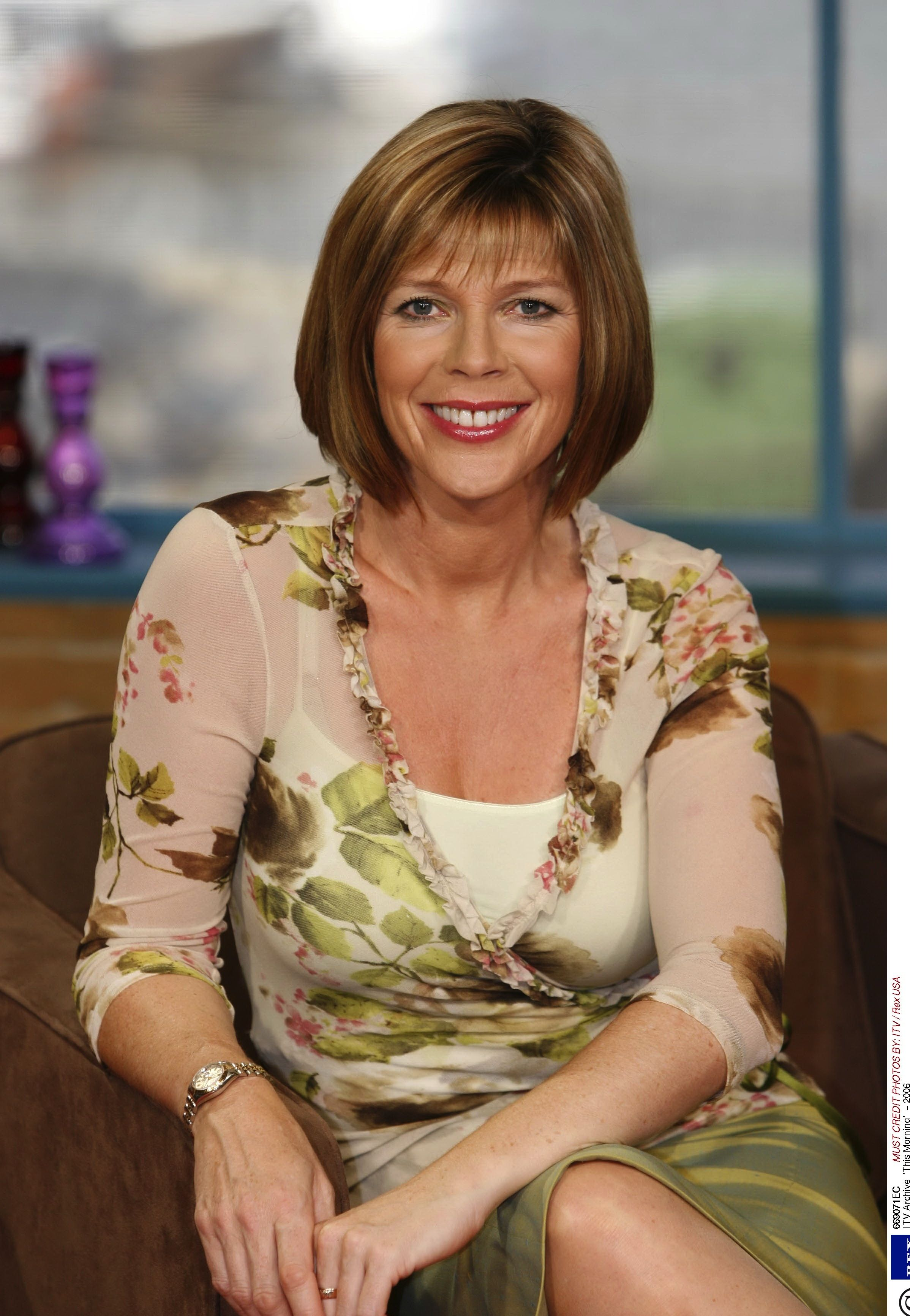 Pin By Julie Harms Lenz On Hairstyles Ruth Langsford