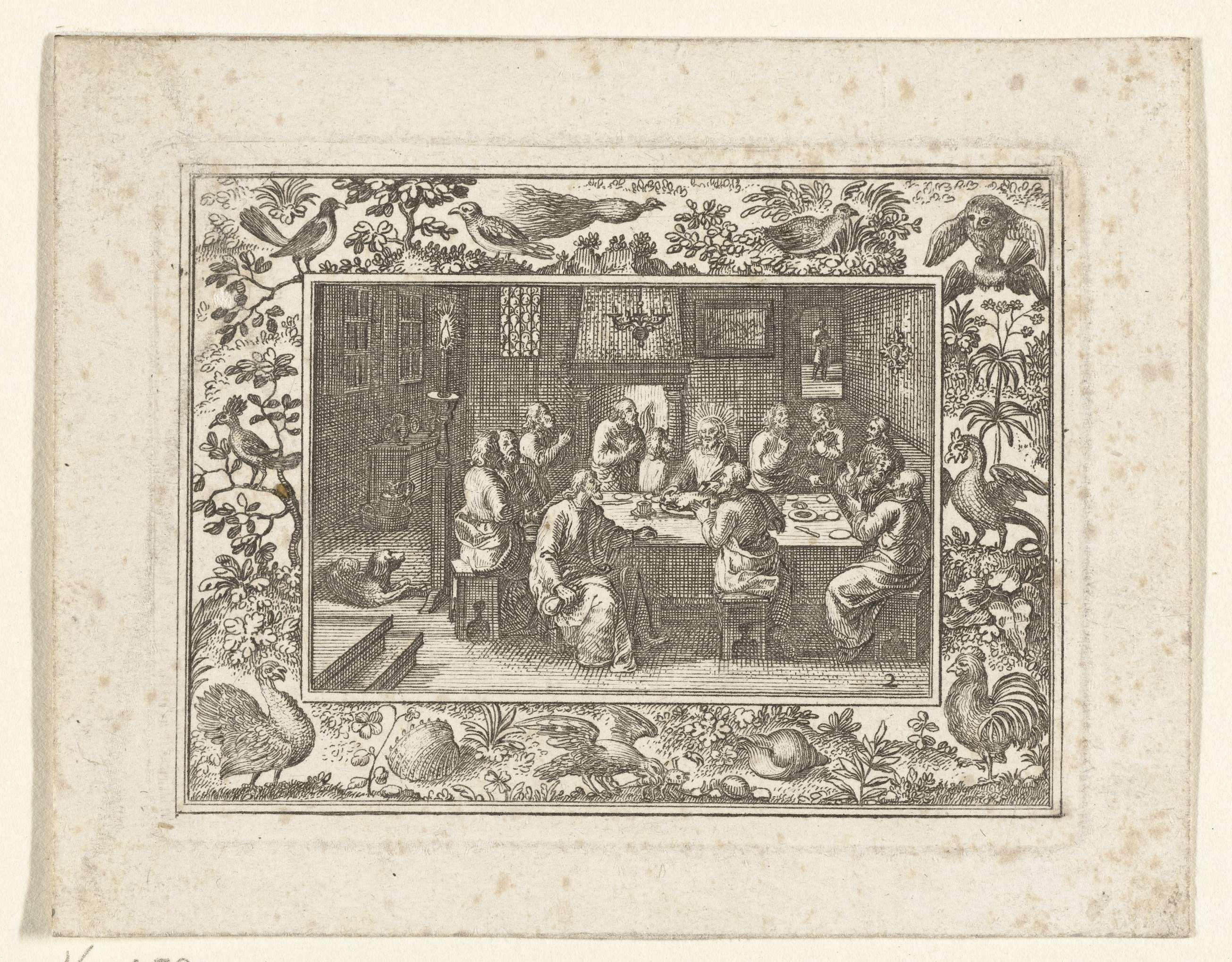 Anonymous | Passievoorstelling in lijst met vogels en schelpen, Anonymous, c. 1600 - c. 1699 | Onderaan pikt een vogel in een krab.