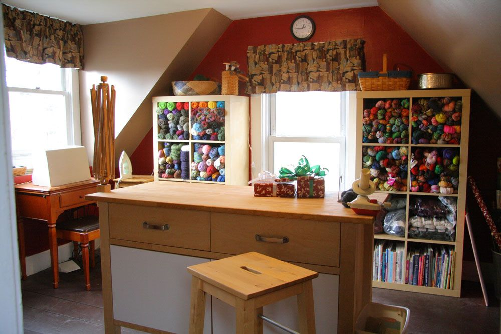 knitters!! hugs and keepsakes: craft room inspirations   craft