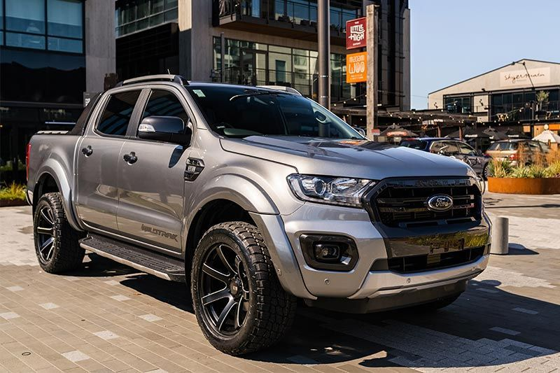 Ford Ranger Wildtrak Sport Aluminium Silver Team Hutchinson Ford