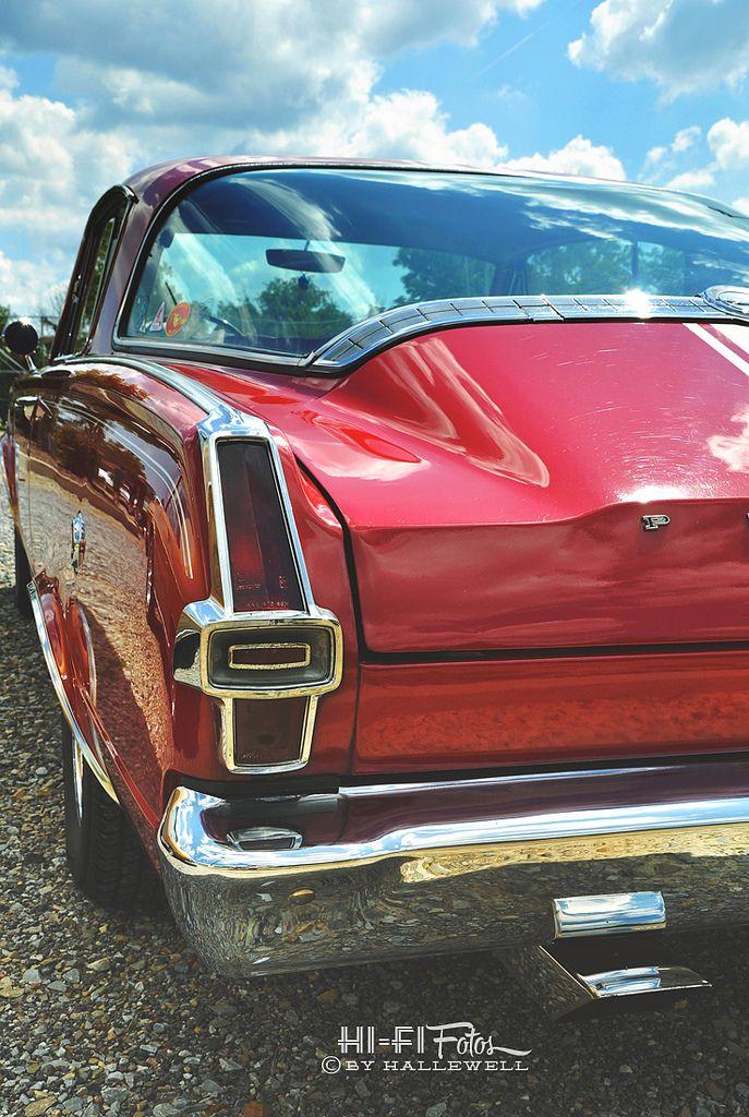 https://flic.kr/p/iKz9jk | Glassy | Beautiful back glass window of a classic 1966 Barracuda.