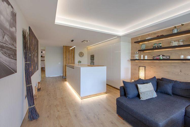 Lieblich Helles Holz Boden Wand Wohnzimmer Küche Weiss Modern Indirekte Beleuchtung  #interiors #design
