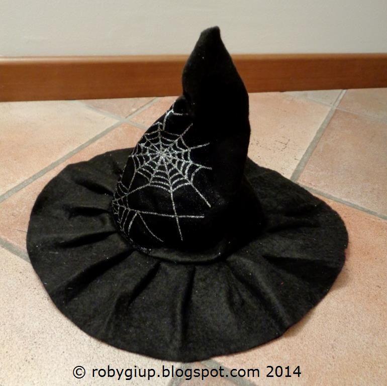 RobyGiup handmade: Periodi di cambiamenti + cappello da strega - Period of changes + witch hat