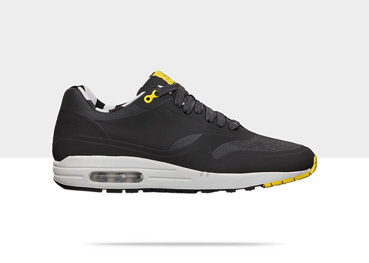 new styles 7f4a1 0375a Nike Air Max 1 (Paris) QS Men s Shoe. This is a beaut. Think it would do  well on my foot. A x