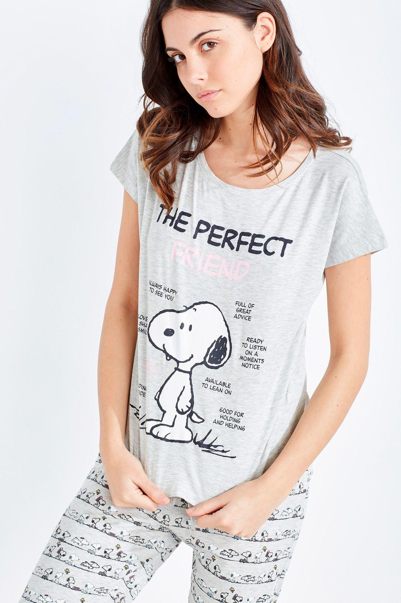 9d866815 Pijama capri de algodón de Snoopy compuesto por camiseta de manga corta con  estampado de Snoopy y textos 'The perfect friend' y pantalón capri con  estampado ...