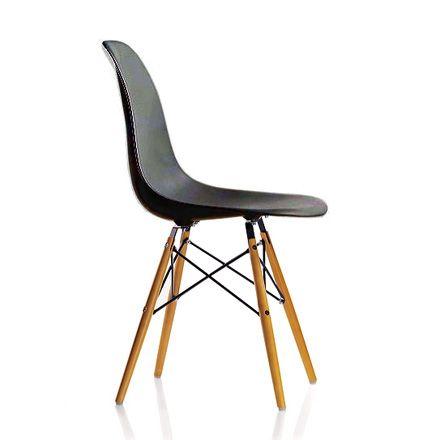 Dsw Stuhl Von Vitra Eames Plastic Side Chair Dsw Connox In 2020 Eames Dsw Eames Dsw Chair Eames Eiffel Chair