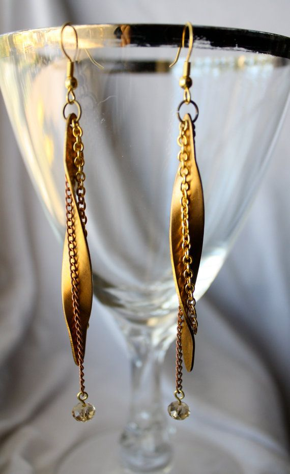 Vintage metal earrings with a modern touch These really sparkle and