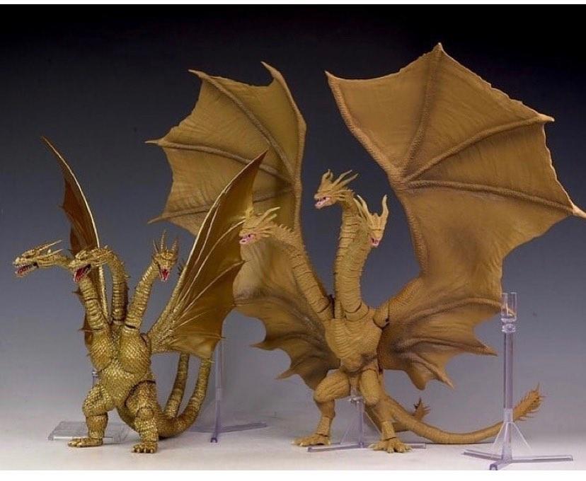 A Cool Comparison Photo For Shma Articulation Series King Unite Godzilla Fans Godzilla Figures Kaiju Monsters Godzilla Toys