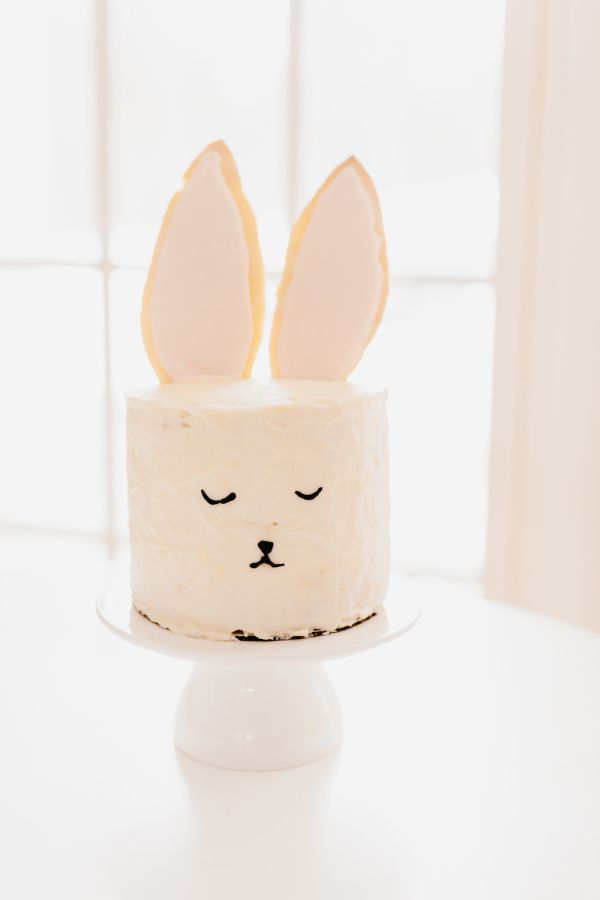 The Cutest Easter Bunny Cake that Even the Baking Challenged Can Do! - Style Me Pretty Living