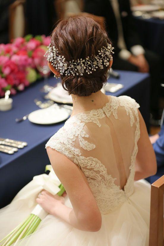 結婚式の花嫁さん向け、ウェディングドレスや和装に合う髪型、ヘアスタイルをロング・ミディアム・ショートボブの長さ別でご紹介♪ハーフアップやフルアップ、 ダウン