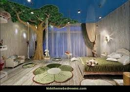 Photo of Beautiful room! I could never imagine sleeping with that tree in my room!,  #Beautiful #Imagi…