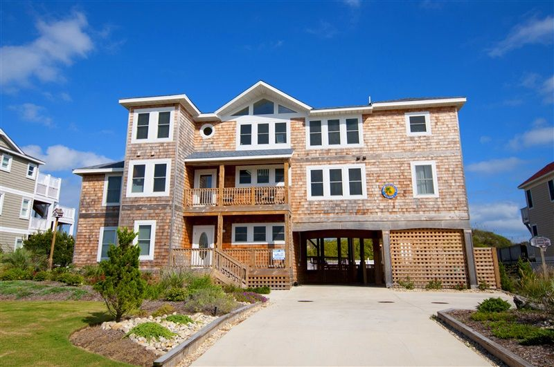 Kokomo 7 969 L Corolla Nc Outer Banks Vacation Al Home Oceanfront Featuring Seven Bedrooms 5 Masters Elevator Room With Pool Table