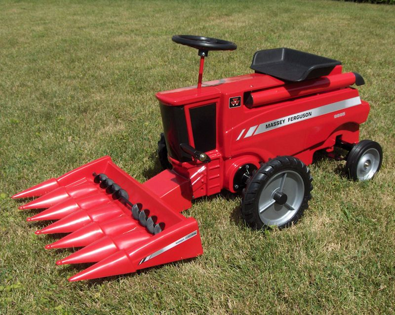 Massey Ferguson 9895 Pedal Combine With Cornhead Toys