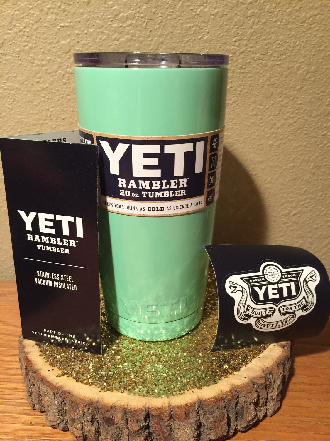 "YETI ""MINT GREEn"" 20 oz mug Rambler Tumbler PERSONALIZED"
