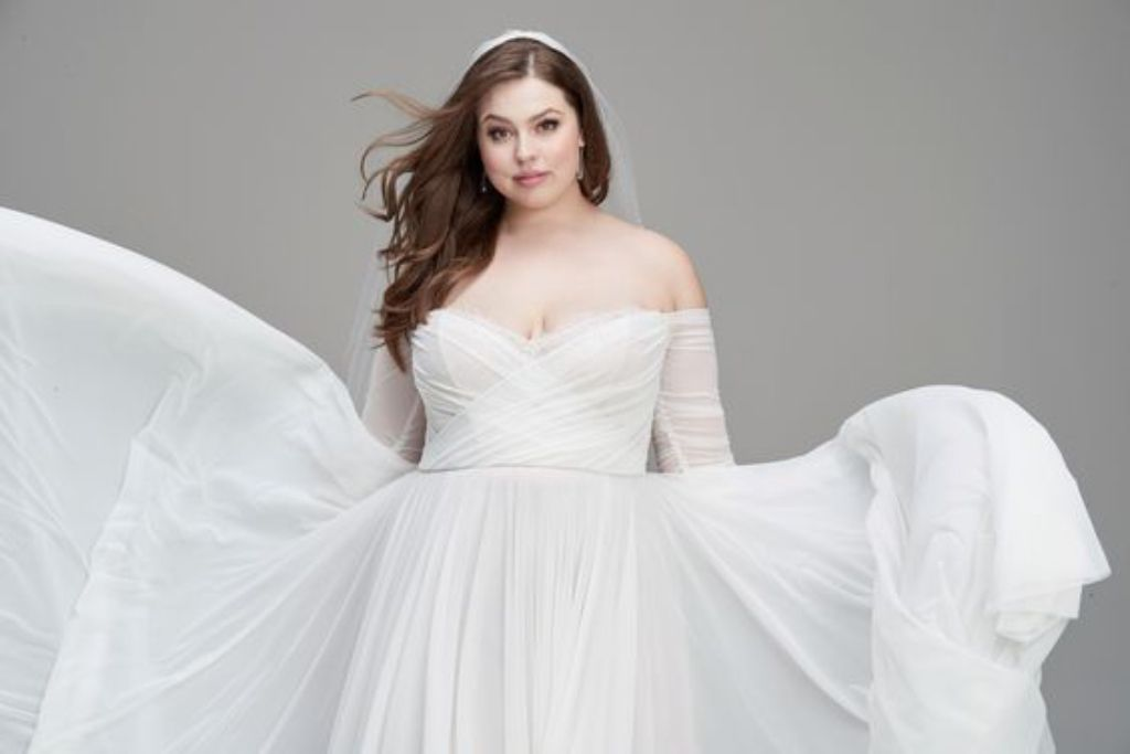 Willowby Wtoo Plus Perfection Trunk Show At Sash Bustle In 2020 Wtoo Wedding Dress Wtoo Brides Stunning Gowns