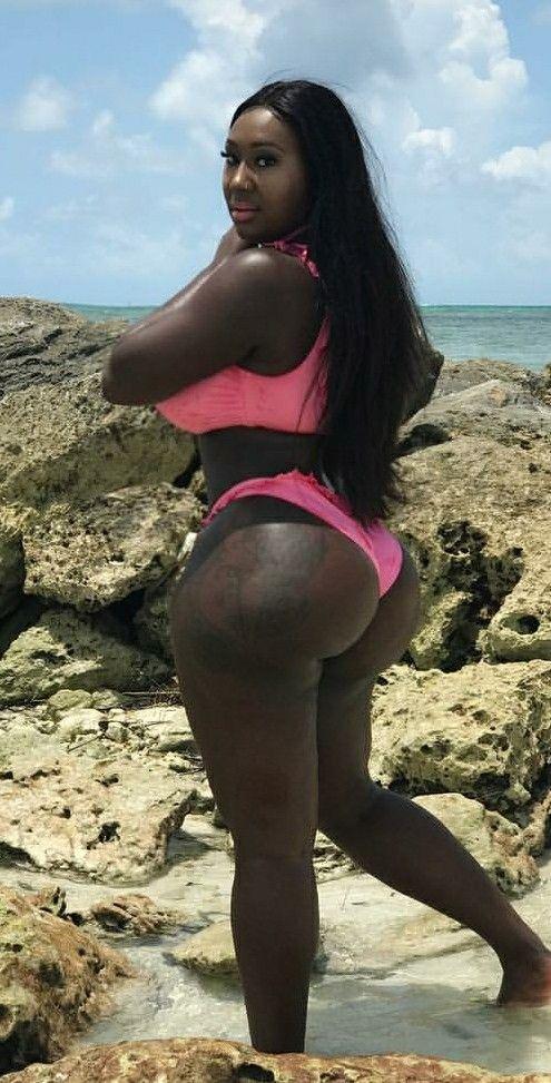 Thick Ebony Booty Threesome