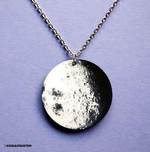 MOND Kette Halskette Moon Vampir Werwolf Gothic Vollmond Laser Acryl | eBay