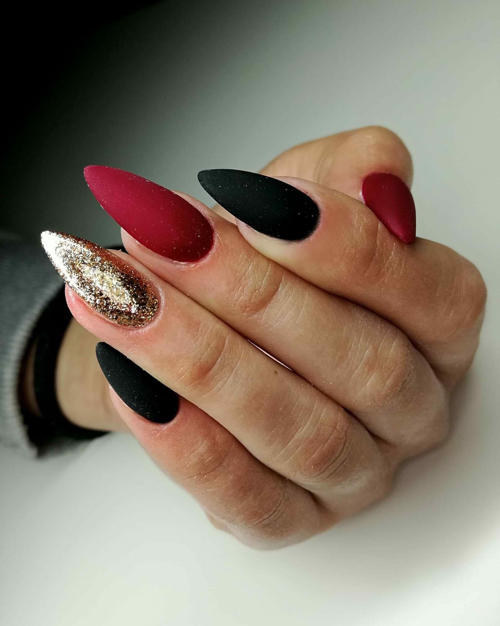 Pin By Beatka Libe On Nails Czerwone Paznokcie Ladne Paznokcie