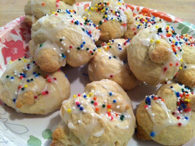 Italian Knot Cookie | Italian cookies, Cake cookies and ...