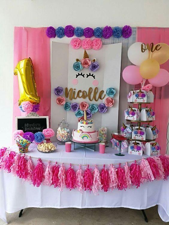Fiestas infantiles de unicornio decoraci n de mesa for Diseno de mesa de unicornio