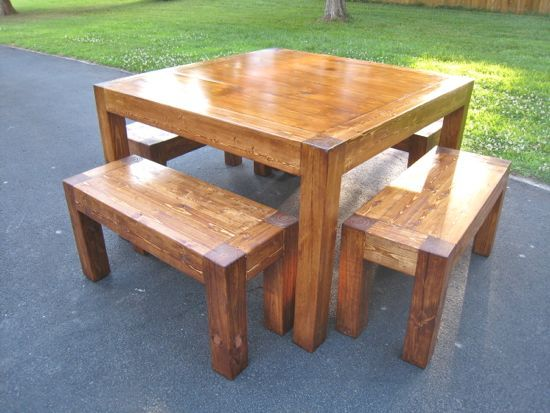 Itable And Benches Square 4 Table Diy Www Tommyandellie I Like The Idea Of A 5 Don T Know If Would Be Enough