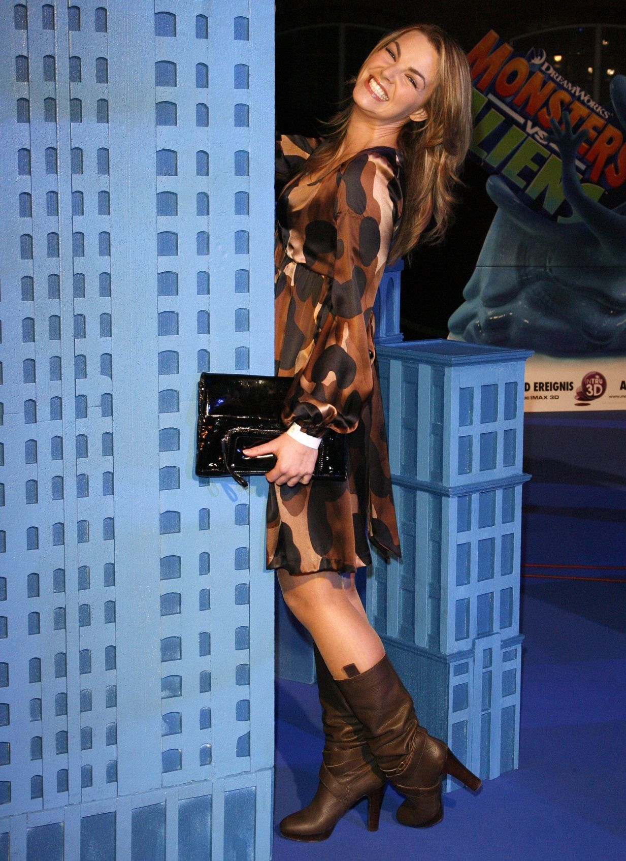 Annika Kipp in shiny tights