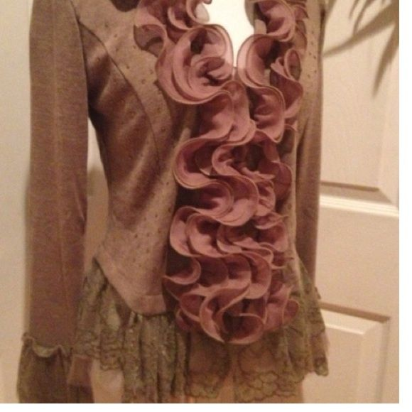 LAST TWO! Beautiful ruffled sweater with lace trim