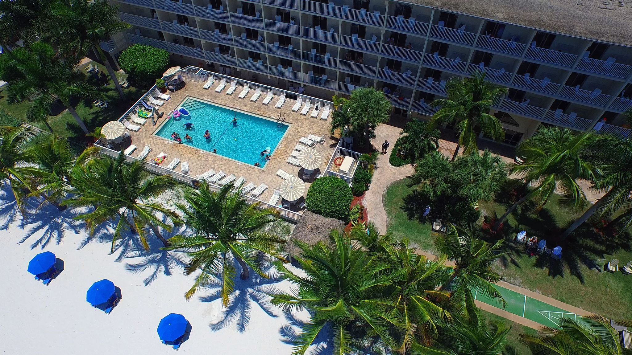 Aerial View Of The Best Western Plus Beach Resort In Fort Myers
