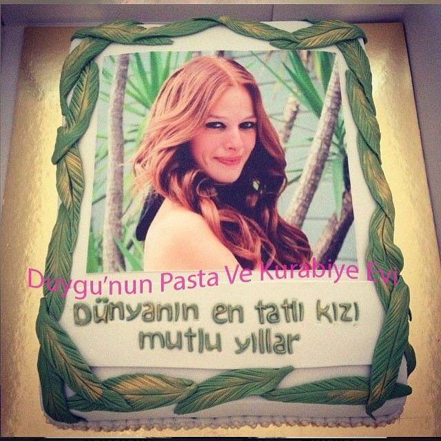 sanatçı resimli pasta - actress picture birthday cake